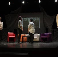 Promocional de la obra de Teatro Viejas, Viejas, Viejas